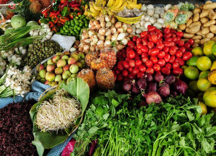 Guia mostra que é possível aos brasileiros terem acesso a alimentação saudável, como neste quadro.