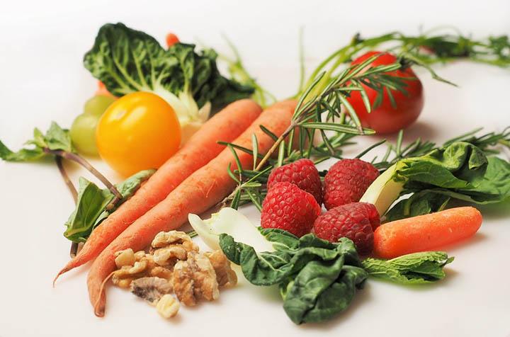 Alimentacao segura pode evitar 420 mil mortes por ano. Veja como fazer.