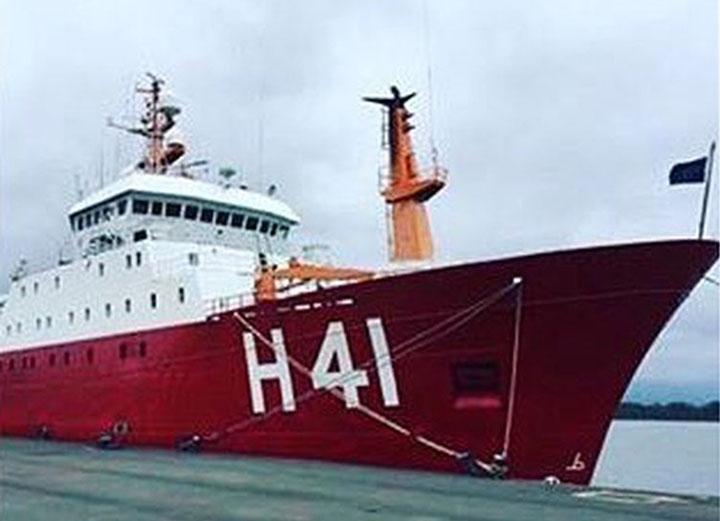 Navio polar brasileiro segue rumo a Antartica para dar continuidade as pesquisas do Proantar