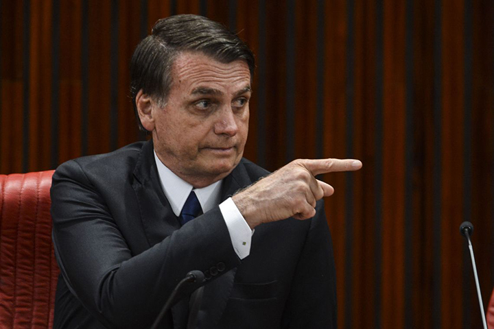 Presidente Jair Bolsonaro oficializou credito de R$ 19,9 bilhoes para enfrentar coronavirus