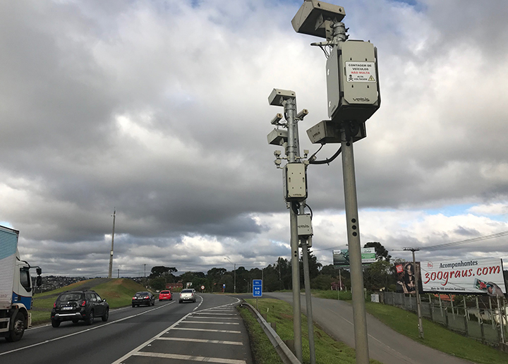 Esperanca dos motoristas brasileiros e que a educacao acabe com os acidentes e cameras escondidas