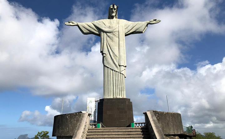Para os 90 anos, Cristo Redentor sofre reparos na face. Foto jornalista Luiz Nunes Moreira Junior