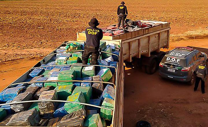 Apreensoes da Polícia Federal no Brasil sao cada vez maiores. Nesta 33,3 toneladas no Mato Grosso