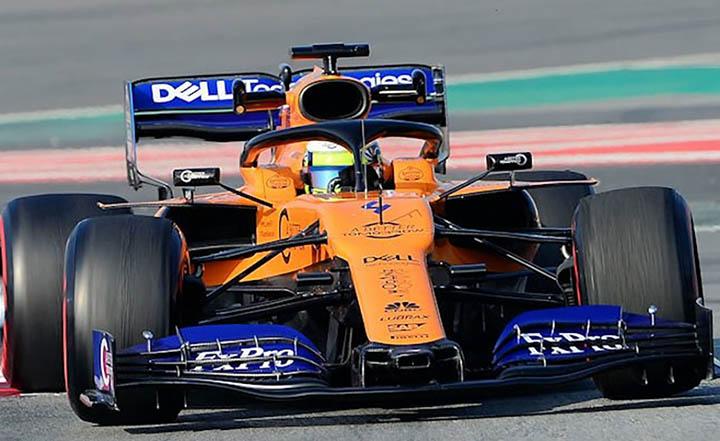McLaren seguiu a Ferrari e não colocou marca de industria do tabaco. Ferrari lembrou os 90 anos.