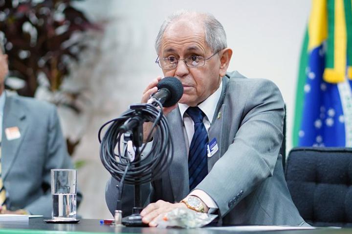 General Santa Rosa denuncia erros a corrigir sobre terras indigenas e ameacas a soberania do Brasil