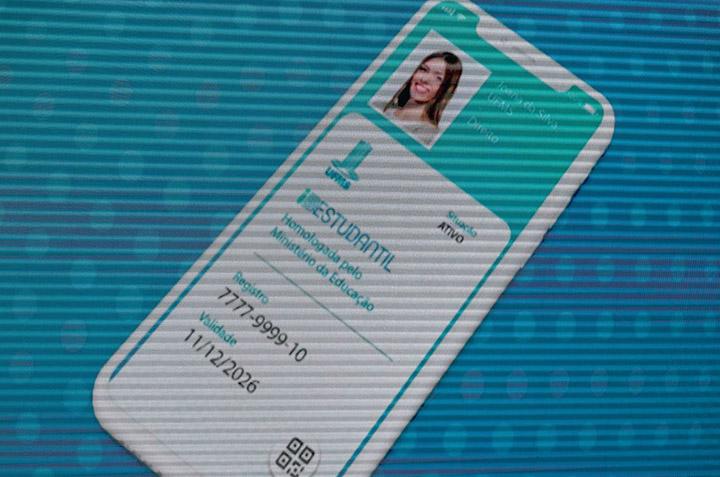Ate este domingo sera possivel fazer a nova identidade estudantil pela internet. Foto AgBr Jose Cruz