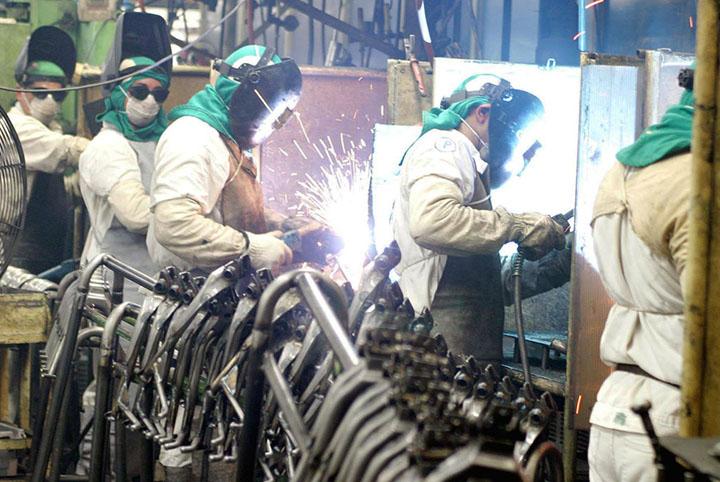 Industria brasileira perdeu 23,3% de ganhos com o isolamento exigido pelas autoridades. Foto EBC