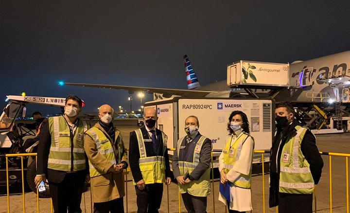 William O Dwyer, embaixador da Irlanda fez entrega ao Brasil da doacao de kit intubacao