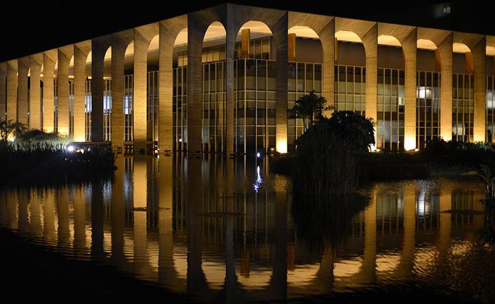 Governo Federal pelo MRE, organiza retorno em 26 de fevereiro, de brasileiros que estao em Portugal