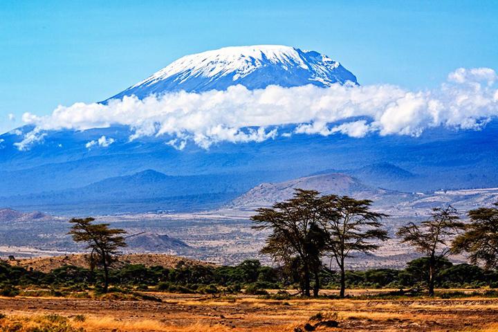 Gelo eterno do Kilimanjaro vai derreter em 10 anos. Foto Gary Craig, CC