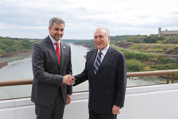Mario Benitez, presidente do Paraguai e Michel Temer garantem construcao da ponte Brasil-Paraguai.
