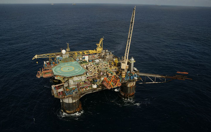 Na Bacia de Santos, o campo de Atapu ja esta entre os 10 maiores produtores de petroleo e gas