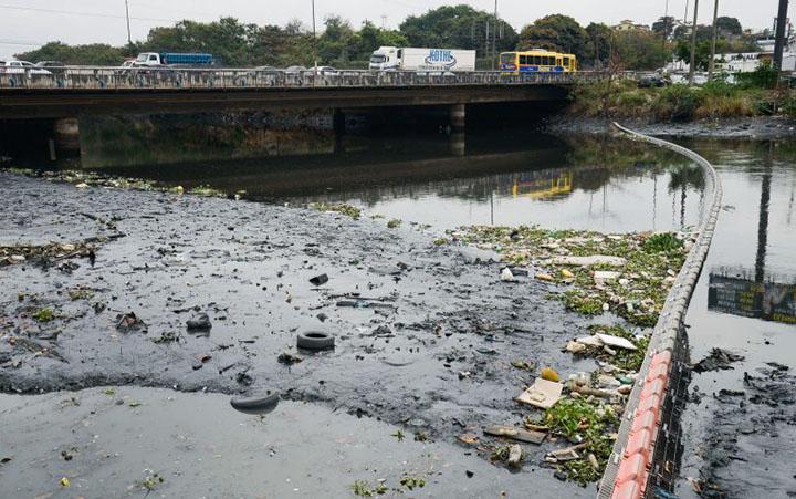 Poluidor tera que pagar por despesas publicas e participar da limpeza, diz lei sugerida pelo Senado