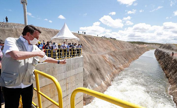 Integracao do rio Sao Francisco chega ao Ceara e Presidenete Bolsonaro anuncia conclusao para 2021