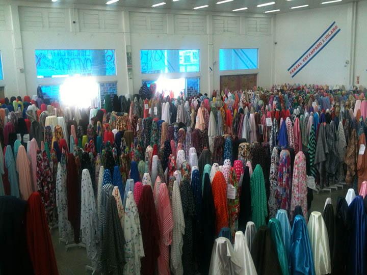Na produção de tecidos e de moda, entidades procuram valorizar os trabalhadores