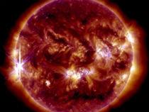 Explosões solares mais intensas expelem ventos de 450 km por segundo